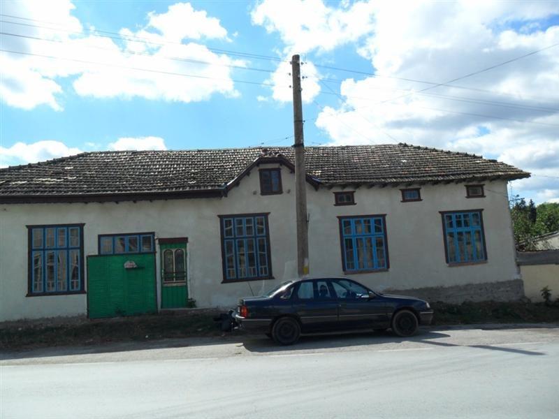 immobilien haus in blagoevo razgrad bulgarien haus 120 qm 5 zimmer keller garage. Black Bedroom Furniture Sets. Home Design Ideas