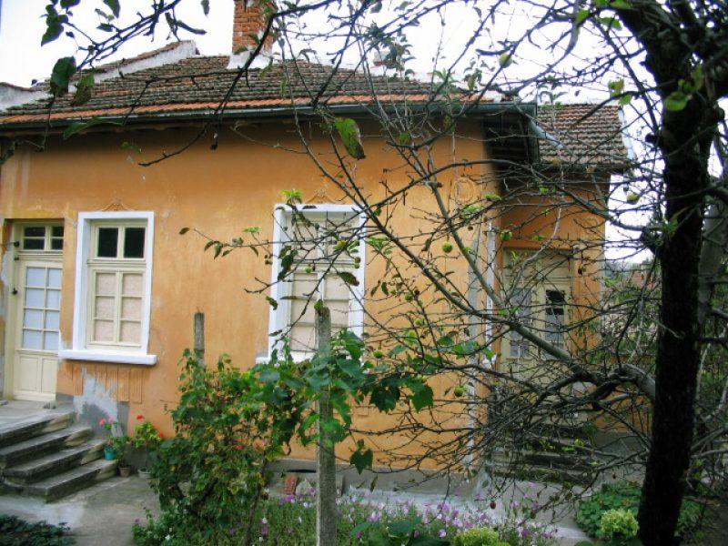 immobilien haus in galatin vratsa bulgarien haus 3 schlafzimmer keller grundst ck 800 qm. Black Bedroom Furniture Sets. Home Design Ideas