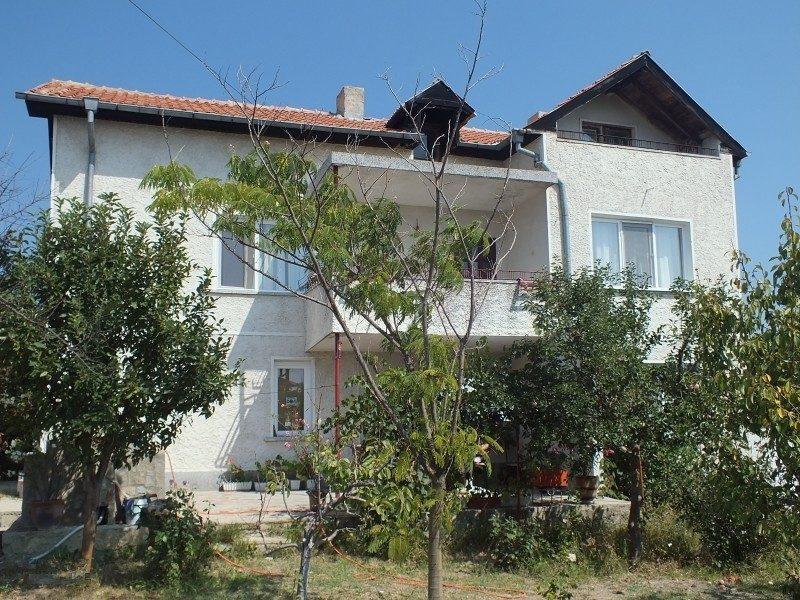 immobilien haus in bliznatsi varna bulgarien haus 190 qm 3 schlafzimmer 2 b der land. Black Bedroom Furniture Sets. Home Design Ideas