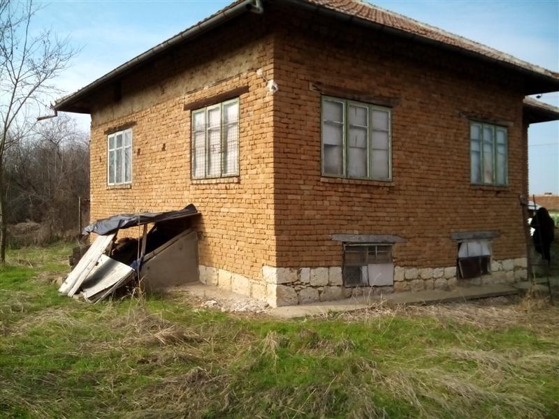 immobilien haus in popina silistra bulgarien 70 qm bungalow 700 m garten in der n he der. Black Bedroom Furniture Sets. Home Design Ideas