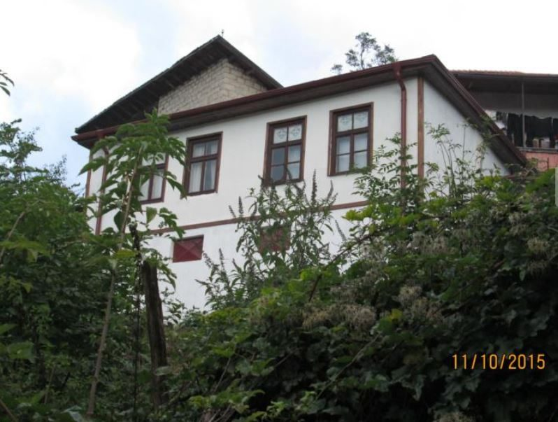 immobilien haus in smolyan smolyan bulgarien 90 qm renoviertes haus 4 zimmer im rhodopen. Black Bedroom Furniture Sets. Home Design Ideas