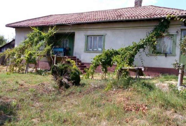 immobilien haus in srebarna silistra bulgarien 100 qm haus 2500 qm grundst ck in der n he. Black Bedroom Furniture Sets. Home Design Ideas