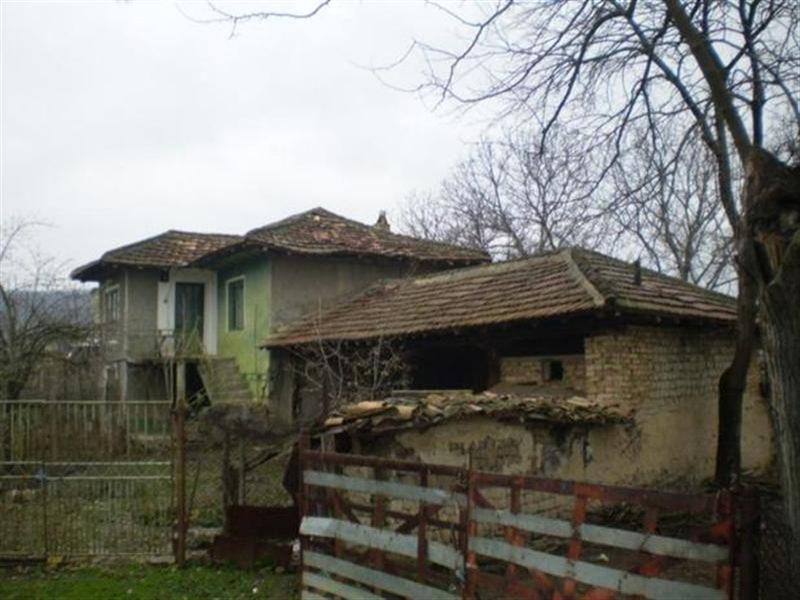 immobilien haus in slaveykovo varna bulgarien haus 80 qm 2 etagen grundst ck 1000 qm 65. Black Bedroom Furniture Sets. Home Design Ideas
