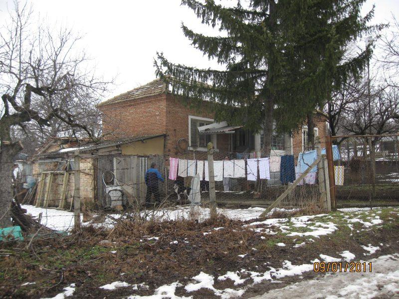 immobilien haus in preselka shumen bulgarien haus 50 qm 3 zimmer garage grundst ck 1800. Black Bedroom Furniture Sets. Home Design Ideas