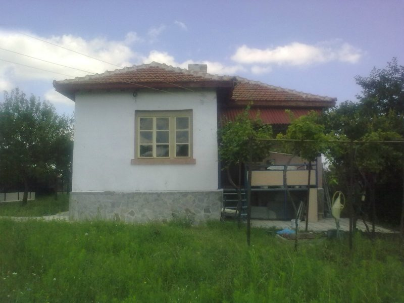 immobilien haus in asparuhovo burgas bulgarien 70 qm garten 1400 m 3 zimmer bad 37 km. Black Bedroom Furniture Sets. Home Design Ideas