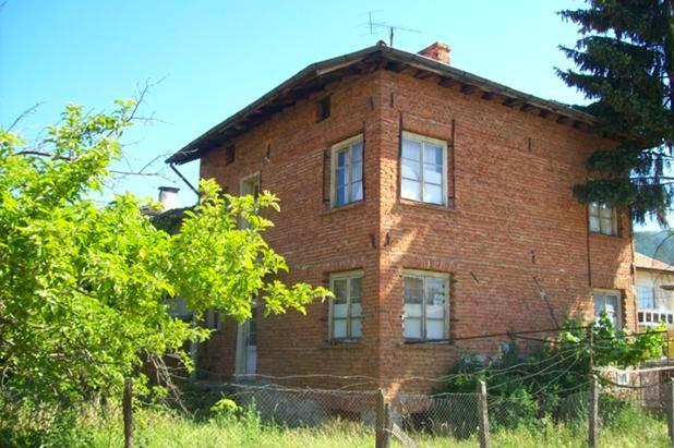 immobilien haus in belitsa blagoevgrad bulgarien haus 150 qm ein schlafzimmer stadt belitsa. Black Bedroom Furniture Sets. Home Design Ideas